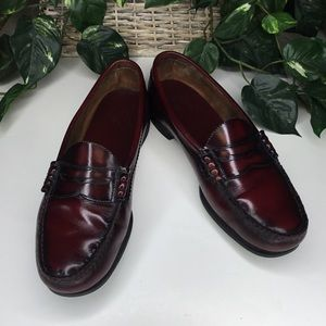 G.H. & Bass Co. Burgundy Loafers Neolite Heels 11